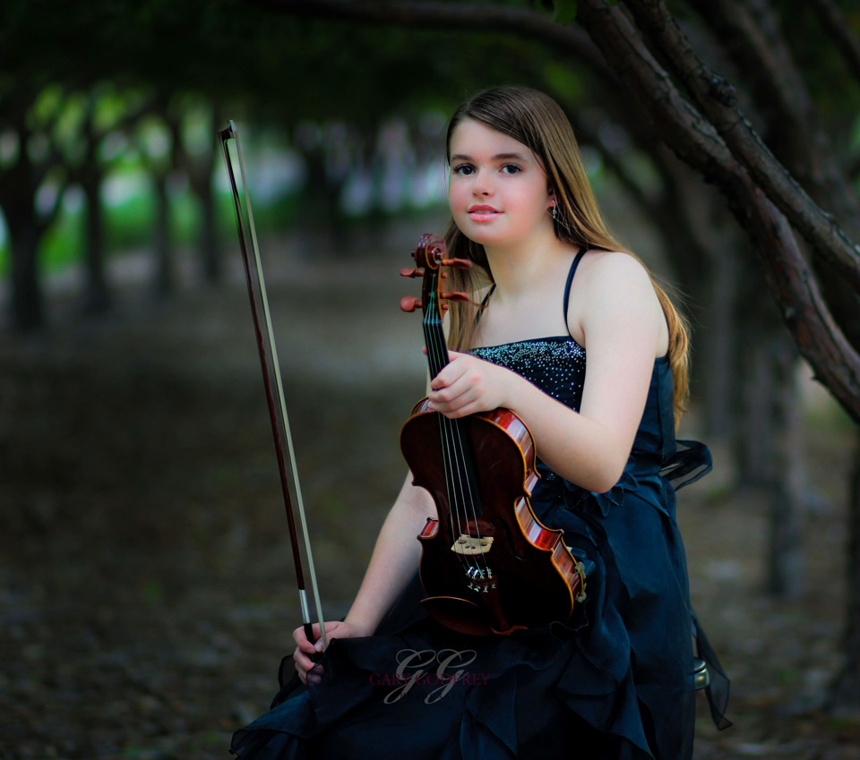 violinist in the woods - portrait photography art castle rock colorado